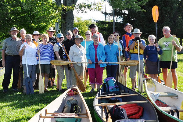 group photo of paddlers